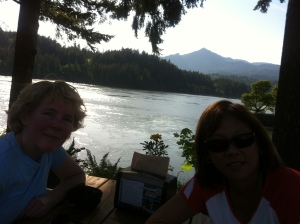 Patio in Cascade Locks at the Thunder Island Brewing Co